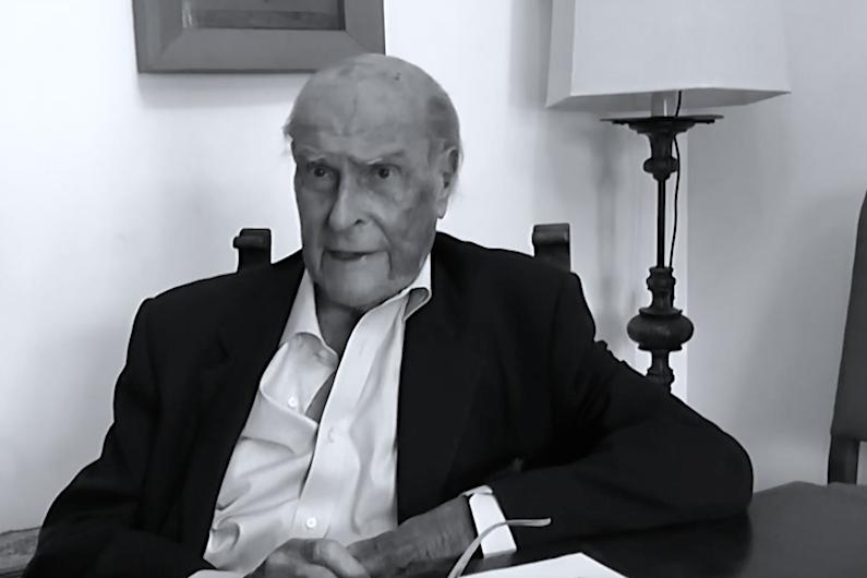 """Umberto Veronesi: """"Un italiano su due si ammalerà di tumore""""."""